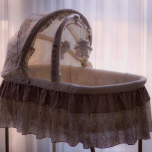 7 Best Crib Alternatives For Small Spaces